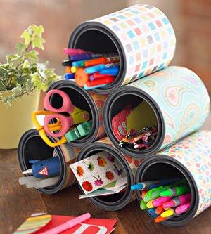 Porta-lápis de latas decoradas