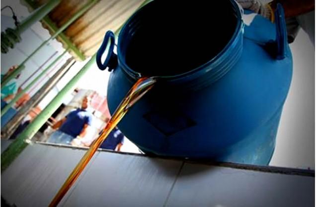 Produção de sabão com óleo de cozinha mobiliza cidade do sertão